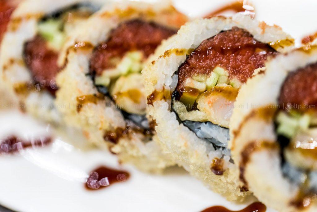 Spicy Tuna Crunch Sushi Roll Photography