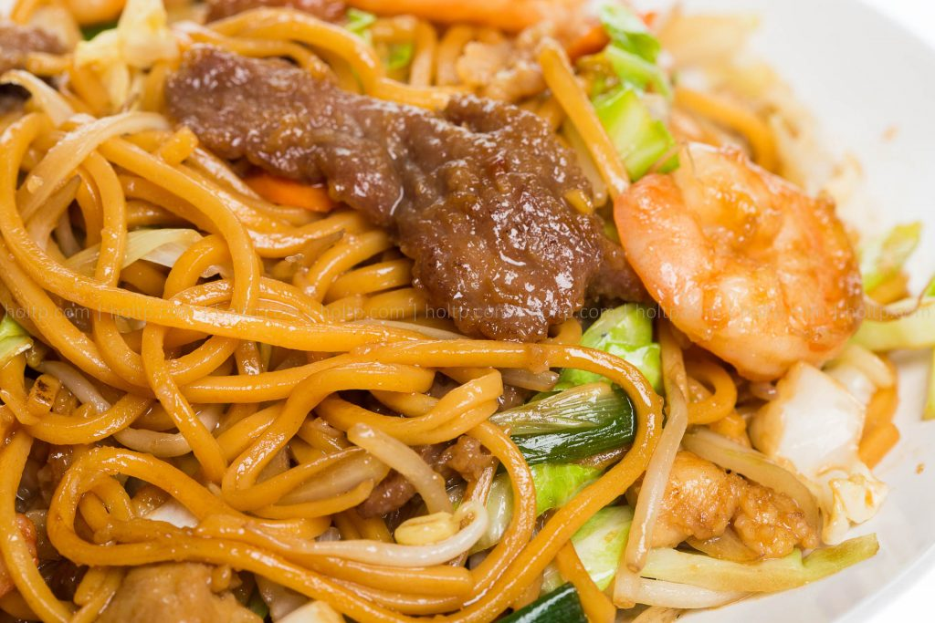 Chinese Restaurant Chow Mein Noodles